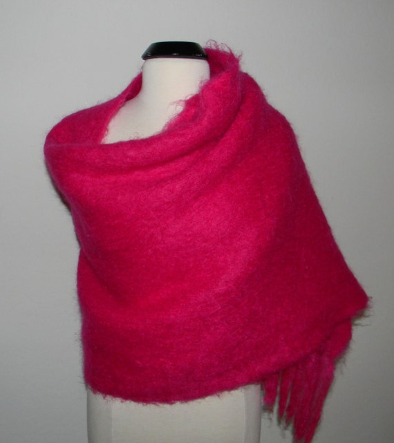 Vintage mohair shawl - bright pink - made in Australia