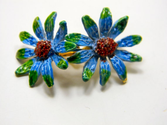 Vintage clip on earrings signed ART, blue and green