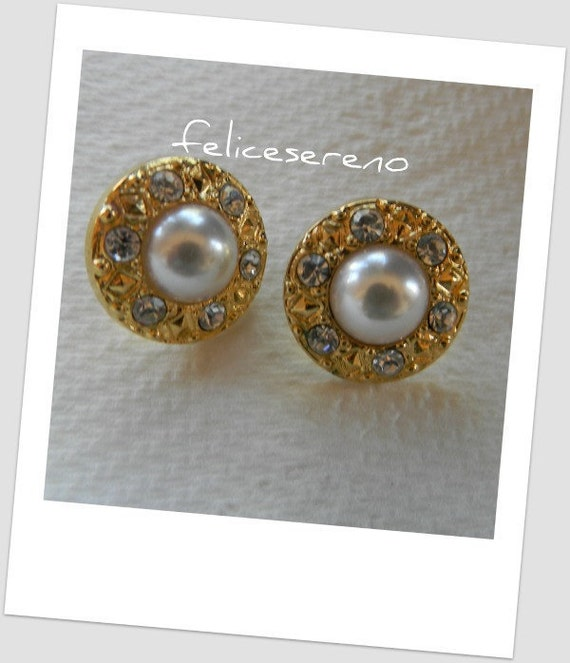 Vintage earrings, Round Gold, pearl and Rhinestone earrings Vintage Costume jewelry -