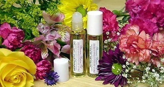 Raspberry Honeysuckle Perfume Oil Fragrance Scent Roll on Perfume - Vegan- Fruity Floral Cologne - Perfume Oil - Raspberry Honeysuckle