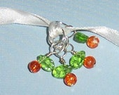 PEACHES Stitch Markers - Orange Crackle Glass and Green Leaf Glass Beads