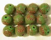 Vintage Ornate GREEN Red STARS Etched Lucite Beads  8mm pkg12 RES9