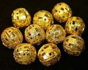 Vintage BRASS Beads GOLD Plated FILIGREE 11mm pkg8 m37