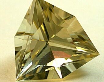 GOLDEN SUNSTONE Fancy Trillion Vintage Faceted Gem 11.56 cts 16mm fg114a