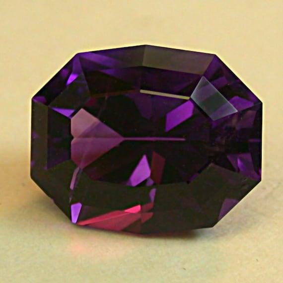 VINTAGE Purple Siberian AMETHYST Faceted Fancy OVAL Gemstone 6.38 cts fg104