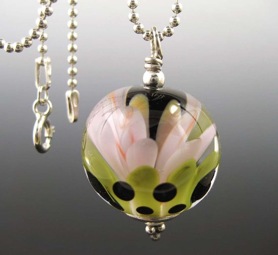 Charming...Pink Glass Flower Necklace...