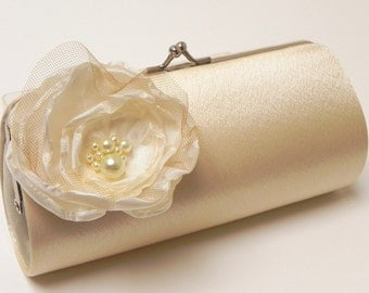 Bridal Clutch Shabby Chic Champagne Cream & Ivory Bridal Clutch - Bridesmaid Clutch -Bouquet Clutch - Ivory Pearl Flowers