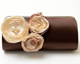 Dark Chocolate Brown Clutch - Bridal Clutch - Bridesmaid Clutch Set - Kisslock Snap Bouquet Clutch - Ivory Vanilla Champagne Flowers