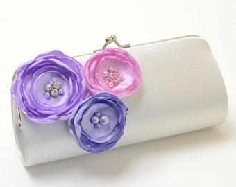 Ivory Clutch - Bridal Clutch - Bridesmaid Clutch Set - Lavender Lilac Orchid Purple Flower Blossoms - Kisslock Snap Bouquet Clutch