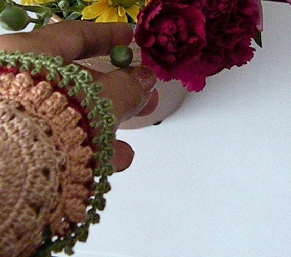 Crocheted Lace, Victorian inspiration Cuff