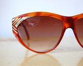 Vintage 1980s Floral Tortoise Cat Eye Sunglasses
