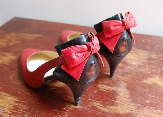 Vintage 1980s JAZZ Bow Tie Shoes Size 8