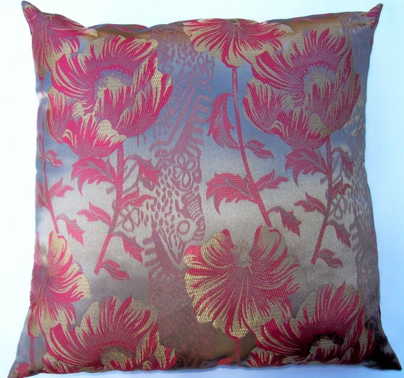 Throw Pillows Red And Gold : Items similar to Red and Gold Throw Pillow Cover - Satin Brocade with Red Poppies - 16 x 16 on Etsy