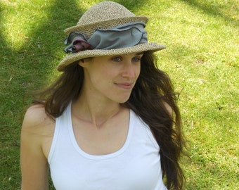 Straw Travel Hat - Ladies Sun Hat - Organic Jersey Band - Grey - Suitcase Sally