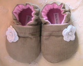 Baby Shoes, Baby Booties, tan Corduory, girls, Ready to Ship,