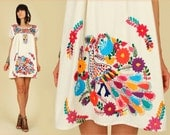 ViNtAgE 70's Cream PEACOCK Mexican Hand Embroidered MiNi Dress Tunic