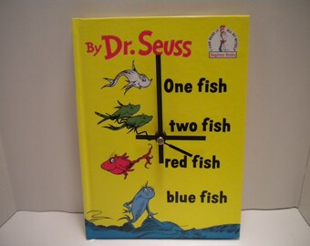Dr Seuss One Fish Two Fish Red Fish Blue Fish Book Clock