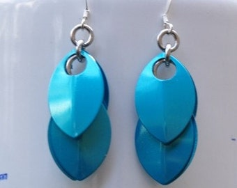 Dangle earrings, Blue earrings, Scale Maille earrings, Light Earrings, Sterling Silver, Chainmaille, Dragon Scale