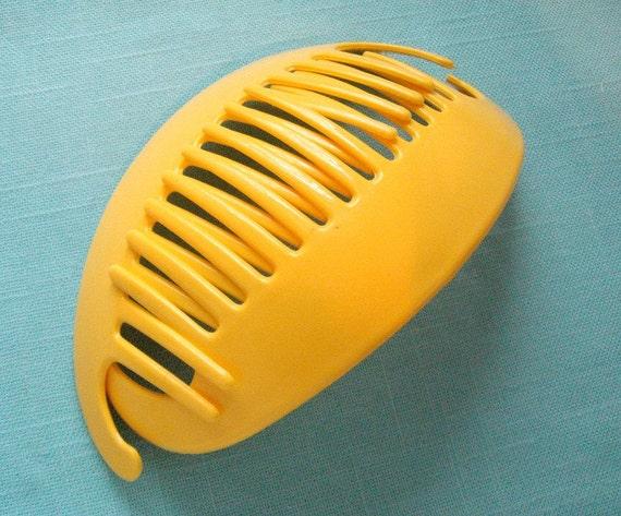 Retro 80s Jumbo Interlocking Claw Comb Banana Clip Hair Holders