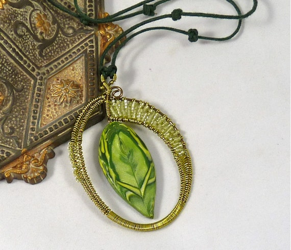 Green Leaf Polymer Clay and Wire Work Necklace