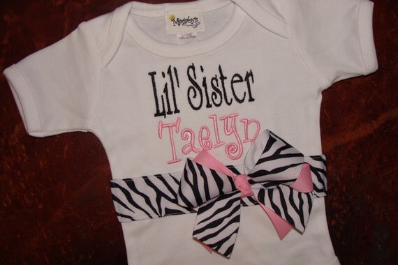 Magabys Custom Boutique PeRSoNaLiZeD LIttle OR Big Sister One Piece Creeper Bodysuit with ribbons and bows  YoU CHooSe THe RiBBoN
