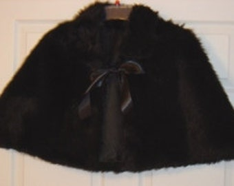 Black Bridal Capelet Faux Fur Wedding Cape Formal Wedding Cover Up Winter Wedding Shawl