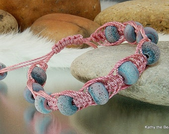 Macrame Bracelet -Pink Blue Lampwork Macrame Bead Bracelet - KTBL