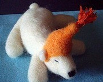 NEEDLE FELTED POLAR BEAR KIT