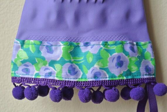 Designer Purple Rubber Dish Gloves - Vintage Floral, Purple Pom Poms - Small