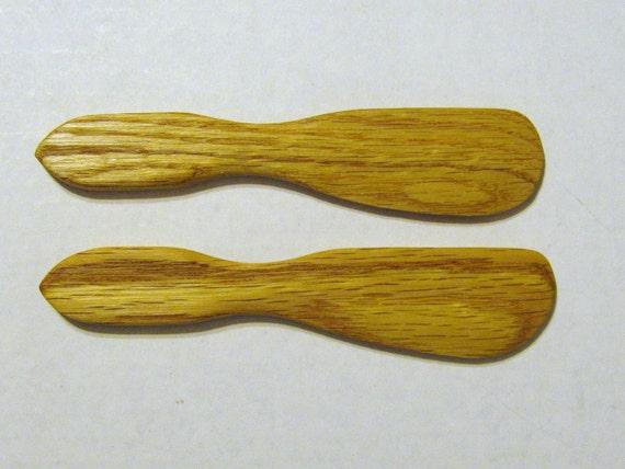 Spreaders Made of Oak Wood