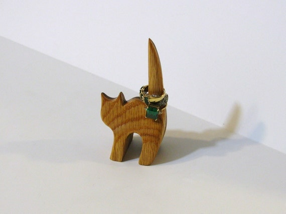 Cat Ring Holder Made Of Two Woods