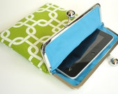 Green iPad Case or Sleeve with Kisslock Frame - iPad Case or Clutch - Notebook Clutch - Green and White Squares
