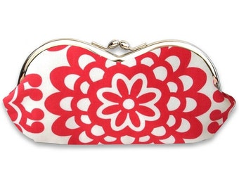 Sunglasses Case in Light Cherry Red and Cream Floral Blossom  - Kisslock Frame Glasses Case