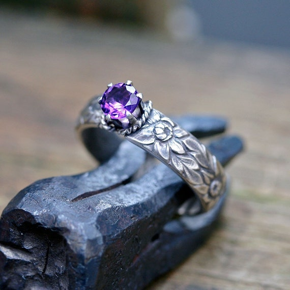 Amethyst etched floral ring sterling silver No.5