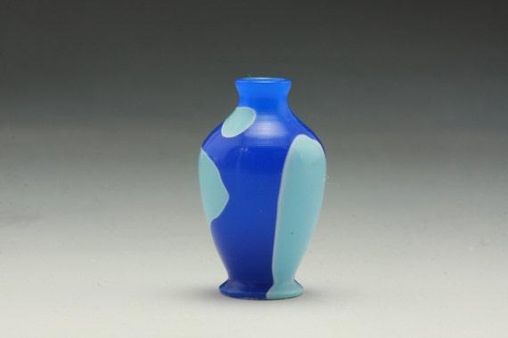 "1"" Scale Miniature Dollhouse Turned Blue Acrylic Vase"