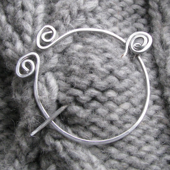 Silver colored fibula shawl pin sweater scarf brooch aluminum wire