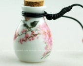 Hand painting Aromatherapy Jewelry Aroma Bottle Perfume Necklace made by porcelain Gift