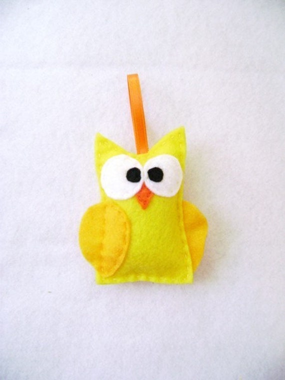 Yellow Owl, Christmas Ornament, Felt Holiday Ornament, Ignatius the Yellow Owl - Made to Order