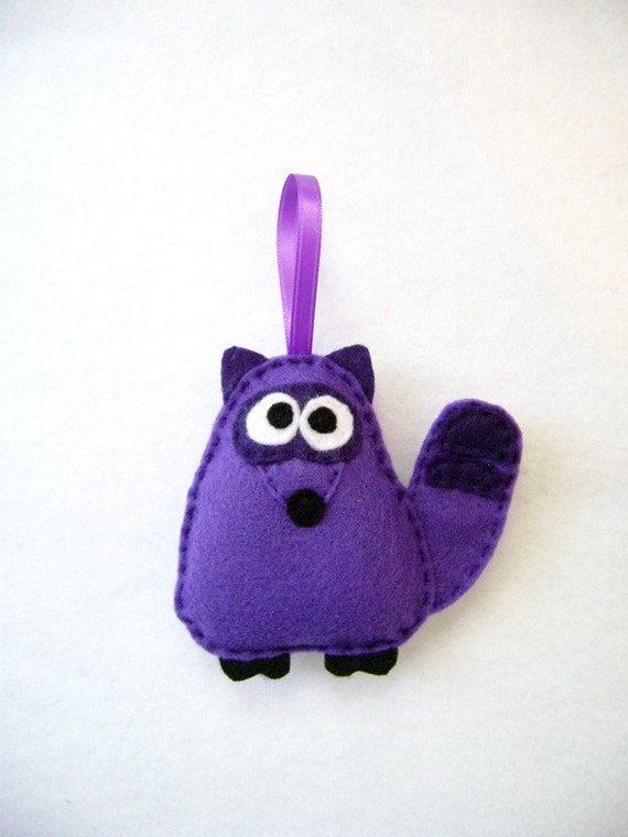 Christmas Ornament, Raccoon Ornament, Barry the Purple Raccoon, Felt Animal, Gifts under 20, Kids Gift, Gift for Mom, Gift for Teacher