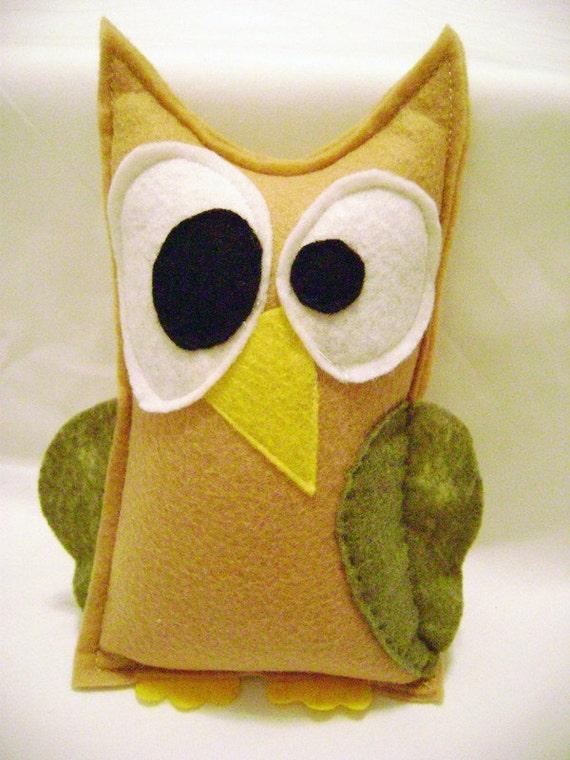 Estelle the Tan Owl -  Vintage Inspired - Stuffed Animal - Felt