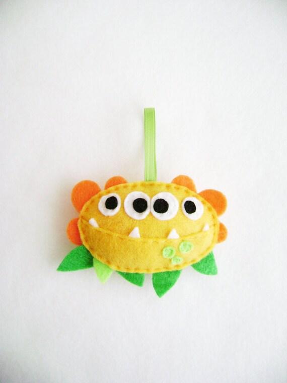 Monster Ornament, Christmas Ornament, Ozzy the Pollen Monster - Made to Order, Halloween Ornament, Felt Monster