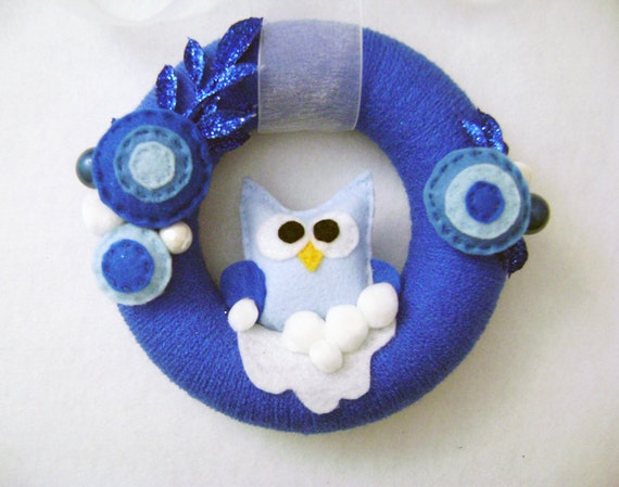 Felt and Yarn Mini Wreath - Christmas Eve - Baby Blue Owl