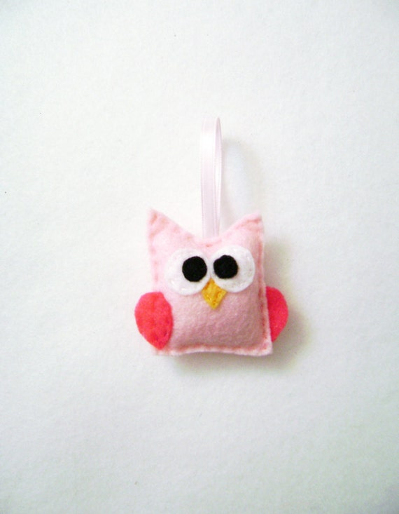 Felt Owl Ornament - Blanche the Baby Pink Owl