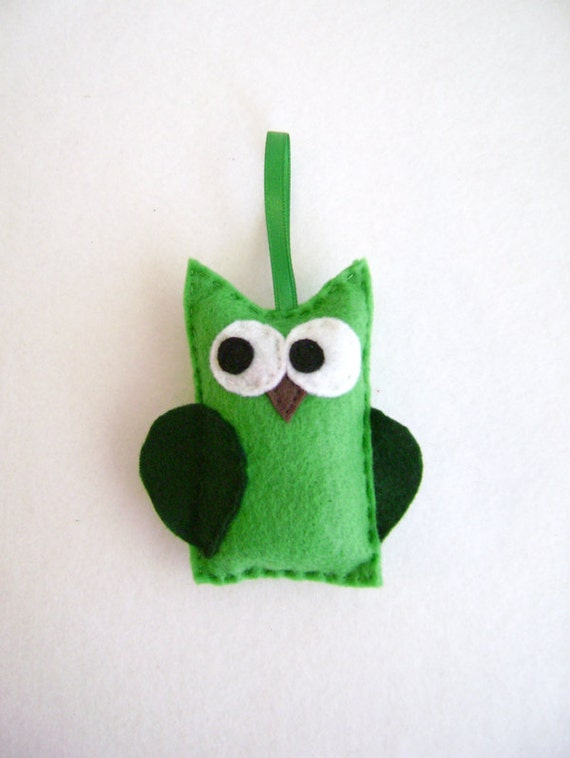 Owl Ornament, Felt Holiday Ornament - Timothy the Green Owl