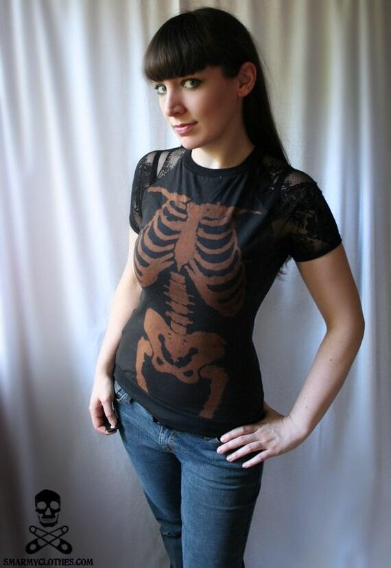 handmade bleach skeleton lace tee - LA CATRINA - smarmyclothes goth punk