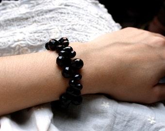 Black Onyx Bracelet . Black Statement Bracelet . Black Gemstone Bracelet . Natural Stone Bracelet . Black Teardrop Bracelet - Black Swan
