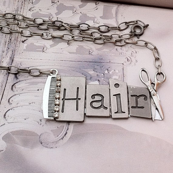 HairStylist-Hair Artist Necklace-Comb-Shears