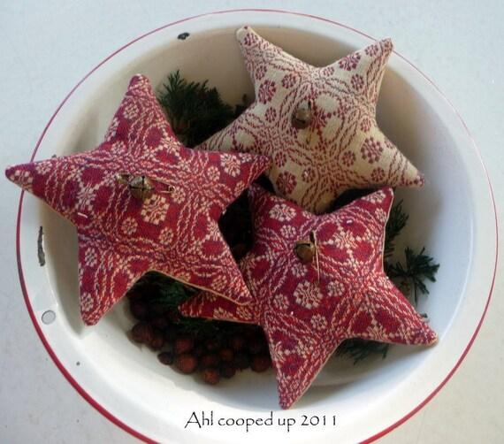 Primitive star ornie coverlet bowl filler