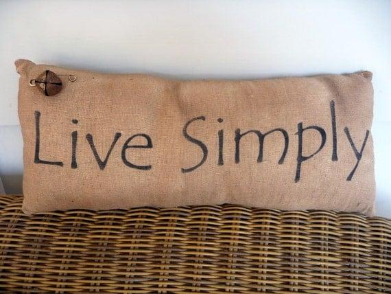 Primitive pillow live simply