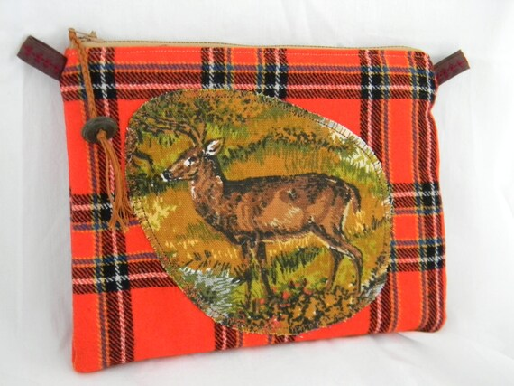 Deer wool zip pouch